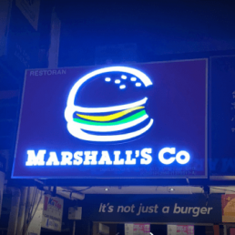MARSHALL'S CO - SS15